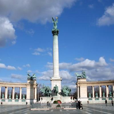 Poland and Hungary: Sto lat!