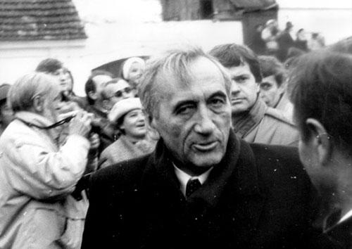 Tadeusz Mazowiecki in Poland; November 1989.