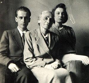 Krzysztof Kamil Baczyński with his mother, and wife and muse Basia née Drapczyńska. ~1942