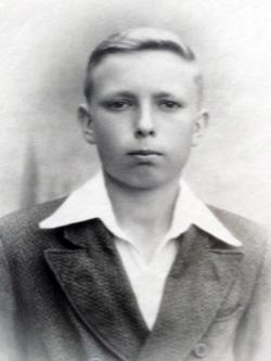 Stanley Migut in the 1940s.