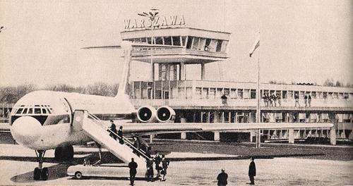 1974 PHOTO of LOT Polish Airlines' Ilyushin Il-62 at Okęcie Airport.