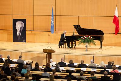 Rubinstein_concert