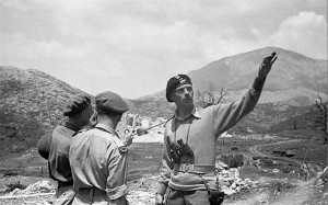 General Anders discussing strategy, Apennines 1944